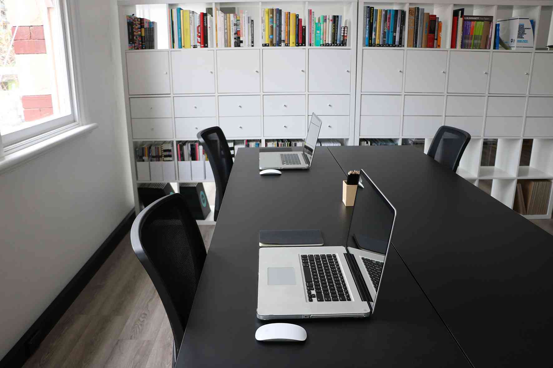 Justus co creative working space smarter spaces - Creative small spaces property ...