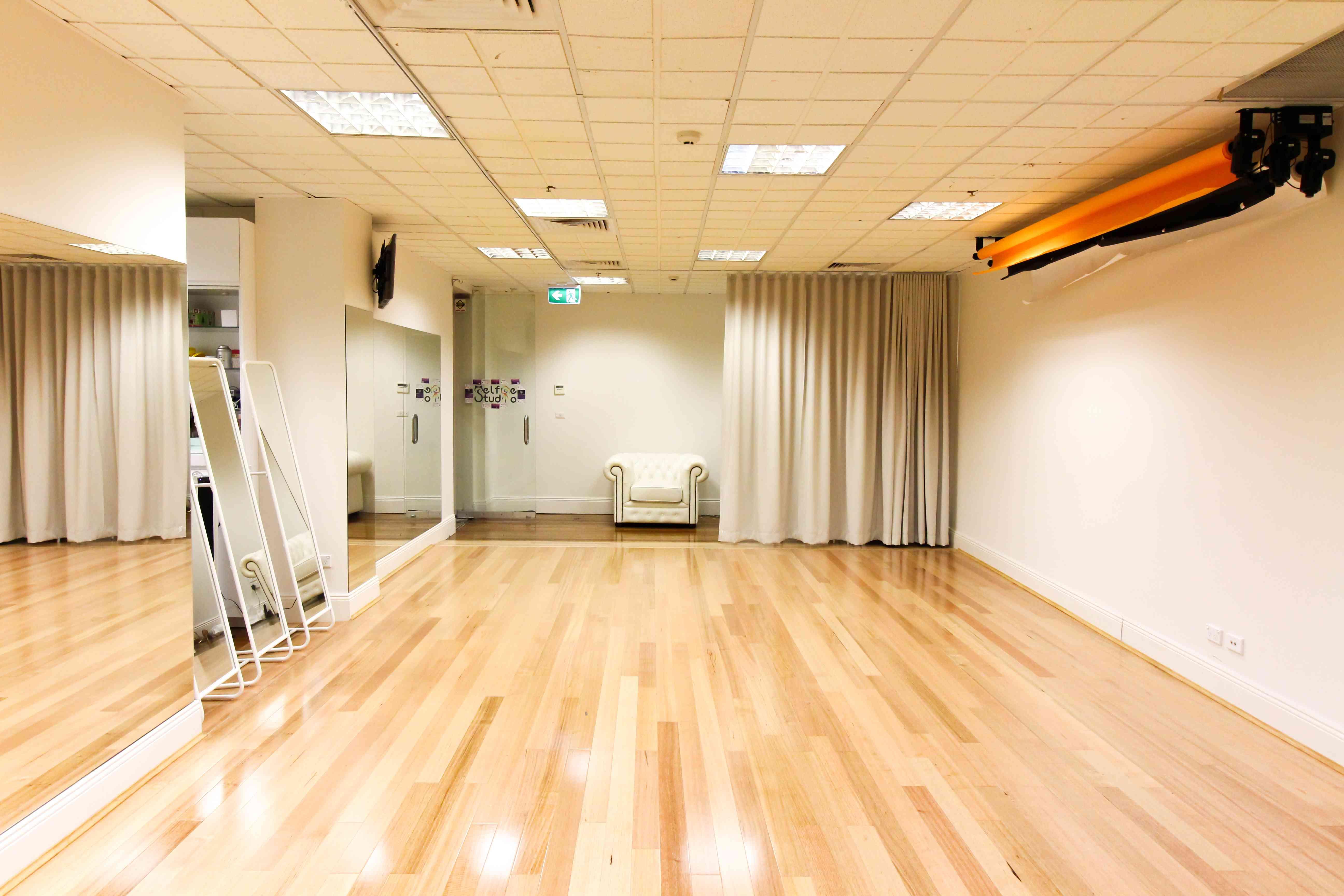 Photography Studio in Sydney CBD - Smarter Spaces