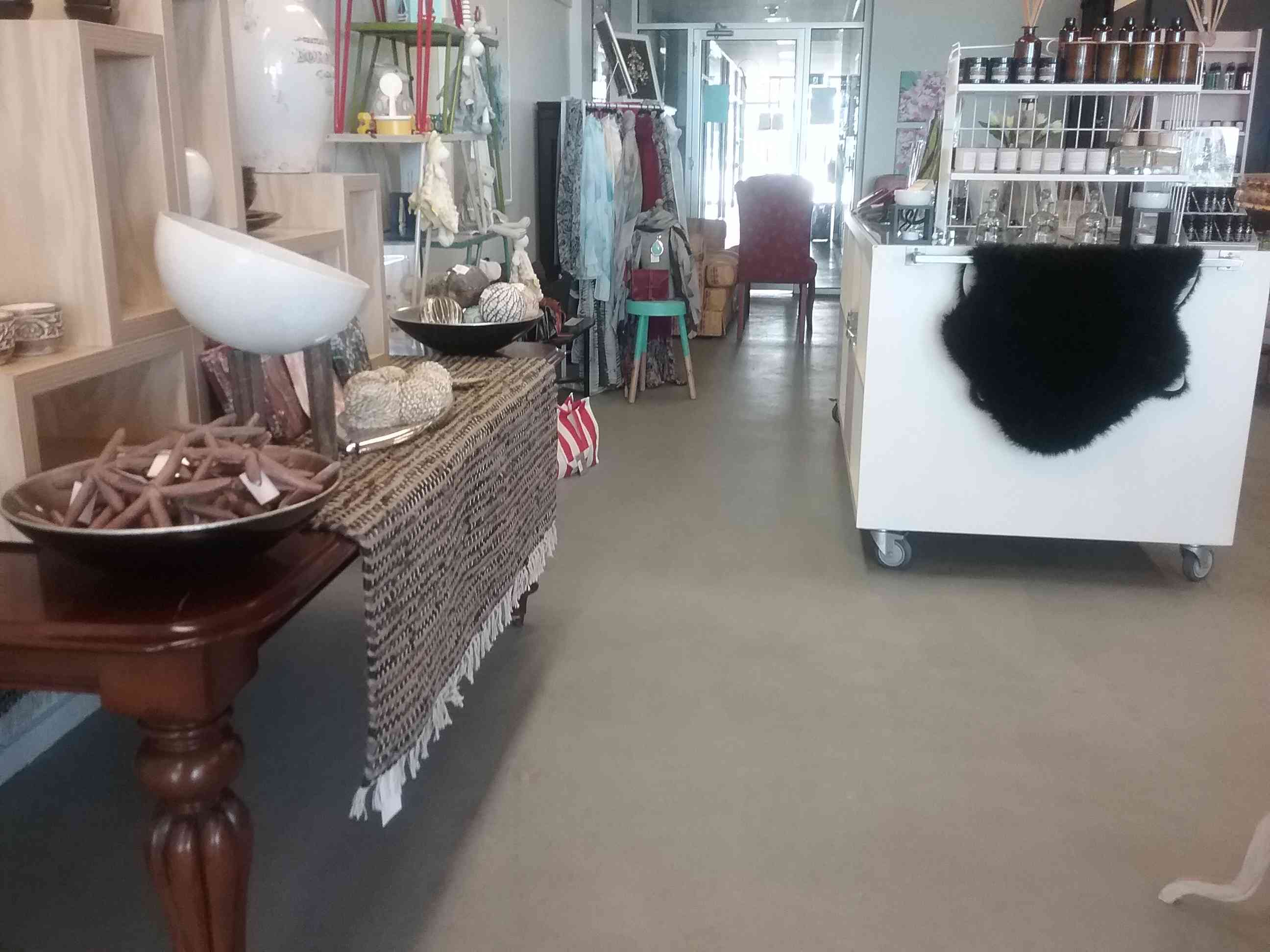Retail space in Paynesville