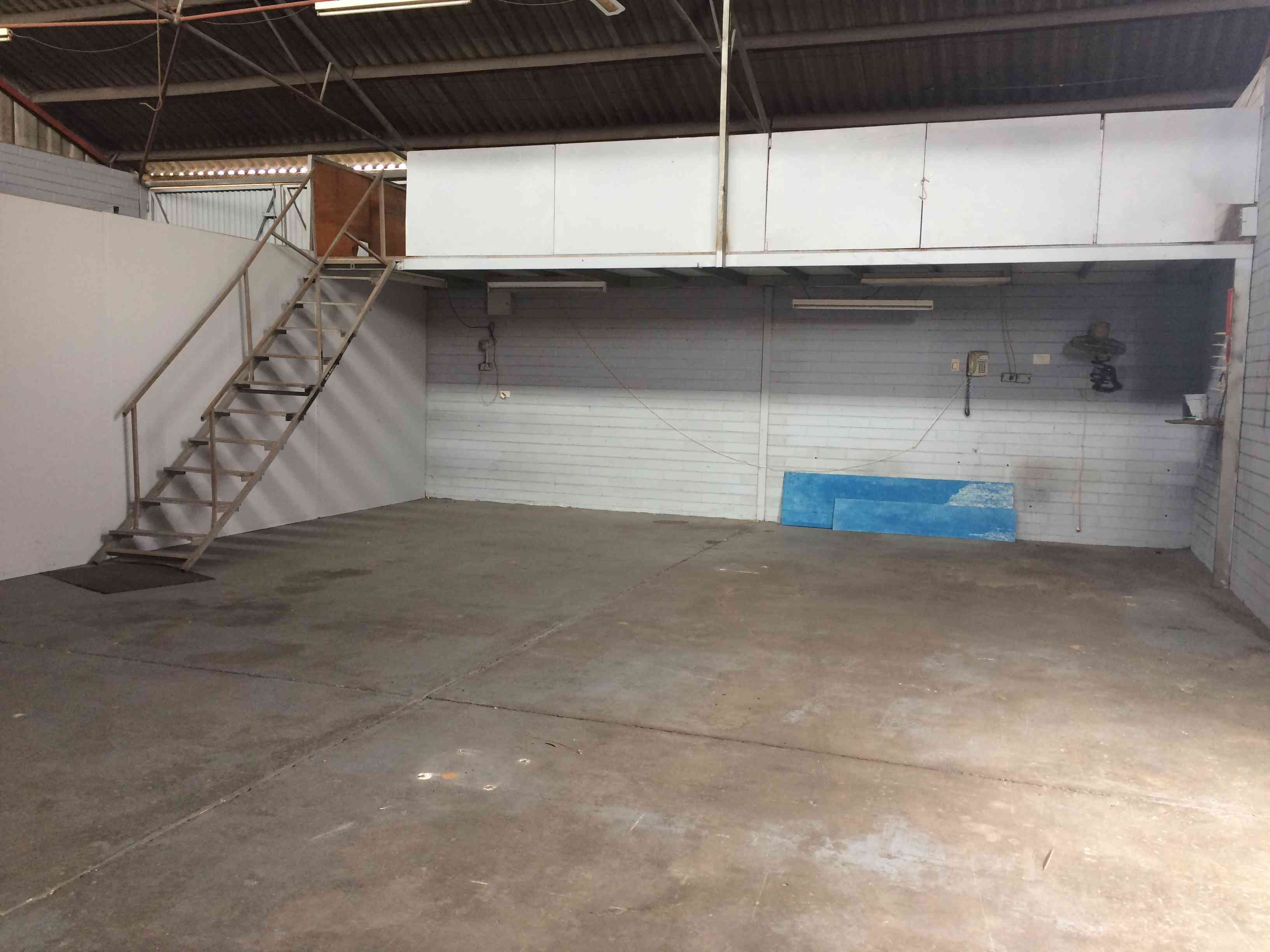 150sqm Factory Unit for Lease in Morley